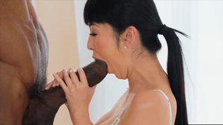 Japanese Journalist on Interracial Sex with Huge BBC